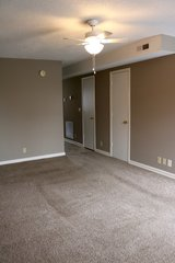 2 Bed 1.5 Bath Townhouse in SANGO!!! in Fort Campbell, Kentucky