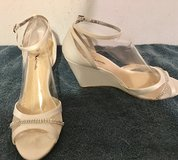 Touch of Nina Size 10 Dress Shoes in Liberty, Texas