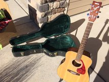 Yamaha F325 Acoustic Guitar with Hard Case in Fort Carson, Colorado