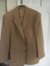 100% Camel Hair Jacket 42 Regular in Glendale Heights, Illinois