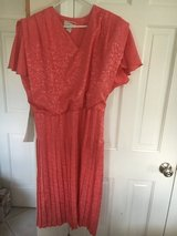 Women's Coral Dress 13/14 in Naperville, Illinois