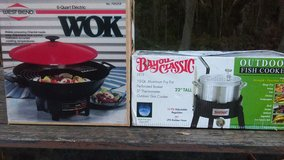 Outdoor Gas Fish Cooker & Electric Wok in Beaufort, South Carolina
