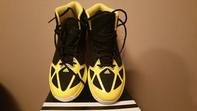 Adidas Mad Handle Basketball Shoes in Glendale Heights, Illinois