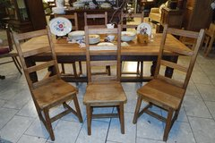 rustic oak dining room set with 6 chairs in Spangdahlem, Germany
