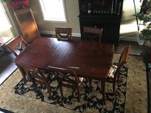 Dining room table and 6 chairs in Vacaville, California