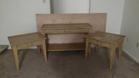 REDUCEDLiving room and end tables in Alamogordo, New Mexico