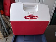 Playmate 16qt cooler in Yucca Valley, California