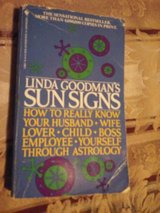 Sun Signs Linda Goldman's in Chicago, Illinois