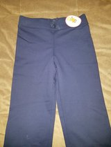 Girls Pants Size 7-8 New in Ramstein, Germany