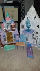 Disney Frozen Castle and ice Palace in Fairfield, California