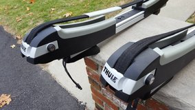 Thule SUP (standup paddle) Taxi Roof Rack in San Clemente, California