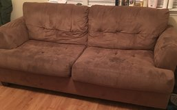 Good condition couch(need gone) in Fort Benning, Georgia