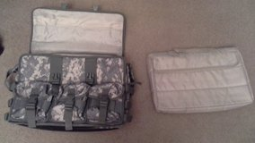 Laptop organizer carrier in Fort Leonard Wood, Missouri