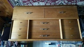 8 Drawer Dresser in Todd County, Kentucky