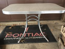 1950's Chrome/Formica Table in Fort Leonard Wood, Missouri