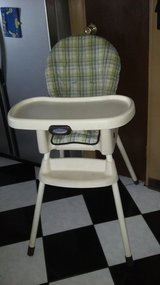 Graco High Chair in Joliet, Illinois