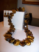 Tiger eye necklace and earrings in Belleville, Illinois