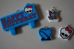 Monster High Brithday Candles in Chicago, Illinois