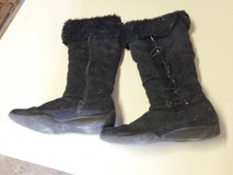 Winter Black boots - 10 in Naperville, Illinois