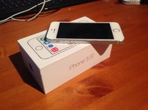 Factory Unlocked iPhone 5s Box/Acessories/Mint in Okinawa, Japan