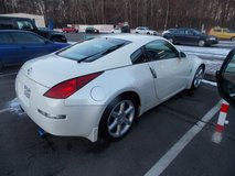 Nissan 350Z (Alpine White) (Enthusiast Edition) in Ramstein, Germany