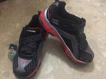NWT Skechers Light Up Shoes Boys Size3 in Okinawa, Japan