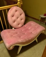 Pink Velvet Tuffted Chair in Glendale Heights, Illinois