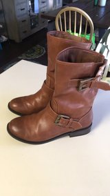 Steve Madden size 7 brown boots in Camp Lejeune, North Carolina