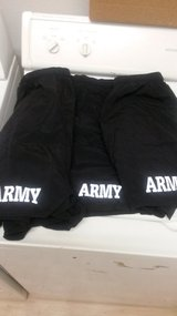3 black army pt shorts in Hinesville, Georgia