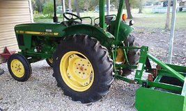 1986 John Deere 850 Tractor with Box Blade 4700obo or trade for RV in Liberty, Texas