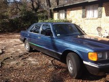 MERCEDES 1985 380 se  showroom  will trade for big suv   or good cop car in Columbus, Ohio