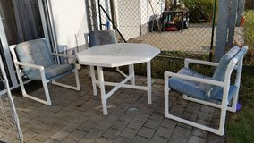 Patio table with 3 chairs in Ramstein, Germany
