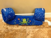 Stearns Puddle Jumper Life Jacket in Alamogordo, New Mexico
