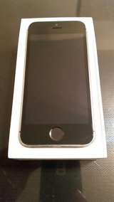 Apple iPhone 5s  neu condition unlocked in Ramstein, Germany