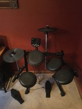 Electronic drum set in Glendale Heights, Illinois