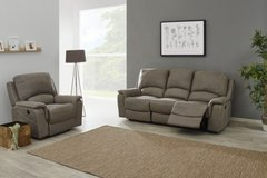 United Furniture - Chantilly - Sofa and Chair with dual voltage Recliners - price includes delivery in Grafenwoehr, GE
