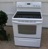 Stove-Range-Glass Top-White-Electric-GE-3 months warranty in Macon, Georgia