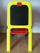 Crayola Magnetic Double-Sided Easel in Ramstein, Germany