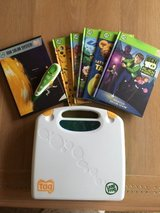 Leap Frog Taq Reading System with Case & 5 Books in Naperville, Illinois