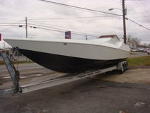 1988 46 FT. COUGAR RACING BOAT in Fort Campbell, Kentucky