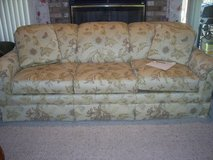 thomasville lancaster couch in Morris, Illinois