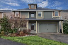 Open House! 5 bed, 3 bath in Rebecca Ridge! Mini Suite on Main in Tacoma, Washington