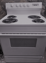 Electric Stove in Fort Bliss, Texas