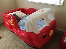 fire truck toddler bed in Chicago, Illinois