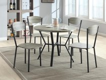 NEW! URBAN DESIGN 5PC DINING SET! in Vista, California