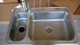 Kitchen Sink w/faucet and disposal in Beaufort, South Carolina