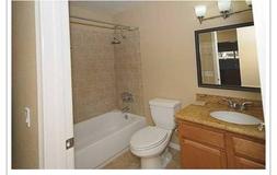 Large room for rent and private bathroom in Oceanside, California