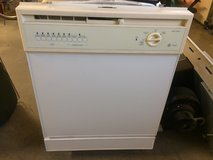 "GE Dish washer 24"" in Fort Bliss, Texas"