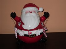 round santa votive holder 7w x 8h in Bolingbrook, Illinois