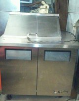 3ft sandwich prep table/refrigerator in Oswego, Illinois